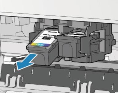 Извлечение картриджа из принтера